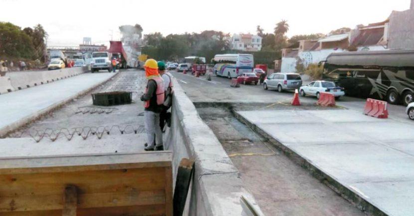 MANTIENEN REDUCCIÓN DE CARRILES EN PASO EXPRÉS CUERNAVACA