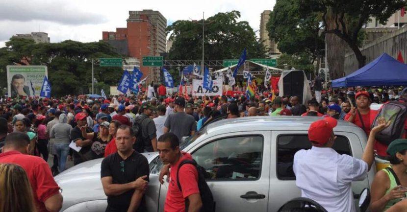 CHAVISTAS MARCHAN PARA APOYAR INSTALACIÓN DE LA ASAMBLEA CONSTITUYENTE