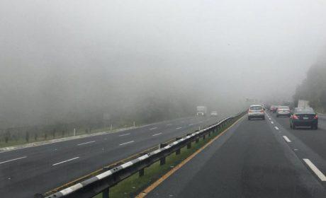 SE PRESENTA BANCO DE NIEBLA EN AUTOPISTA MÉXICO-TOLUCA