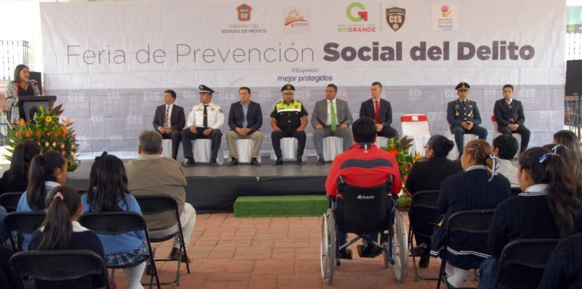 REALIZA CES FERIA DE PREVENCIÓN SOCIAL DEL DELITO EN CAPULHUAC