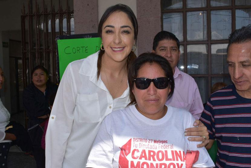LLEVA KARINA BASTIDA SERVICIOS GRATUITOS DE SALUD A METEPEC, MEXICALTZINGO Y CHAPULTEPEC