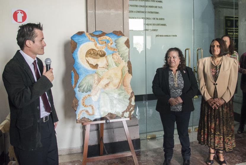 EXPONEN ARTE COLOMBIANO EN LA LEGISLATURA MEXIQUENSE