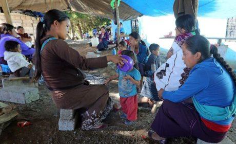 DESPLAZADOS DE CHIAPAS REGRESAN A SUS COMUNIDADES