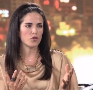 VIEJA ENTREVISTA DE KARLA SOUZA PODRÍA DAR UN GIRO A CASO DE VIOLACIÓN (VIDEO)