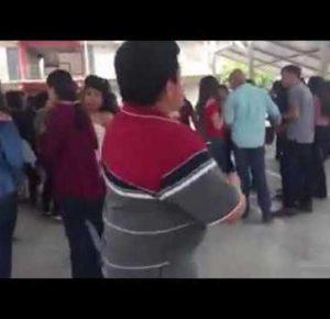 NIÑO CONQUISTA A LAS CHICAS BAILANDO SCOOBY DOO PAPA (VIDEO)
