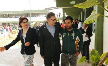 ALFREDO BARRERA ENTREGÓ INFRAESTRUCTURA Y EQUIPAMIENTO EN PREPA 5
