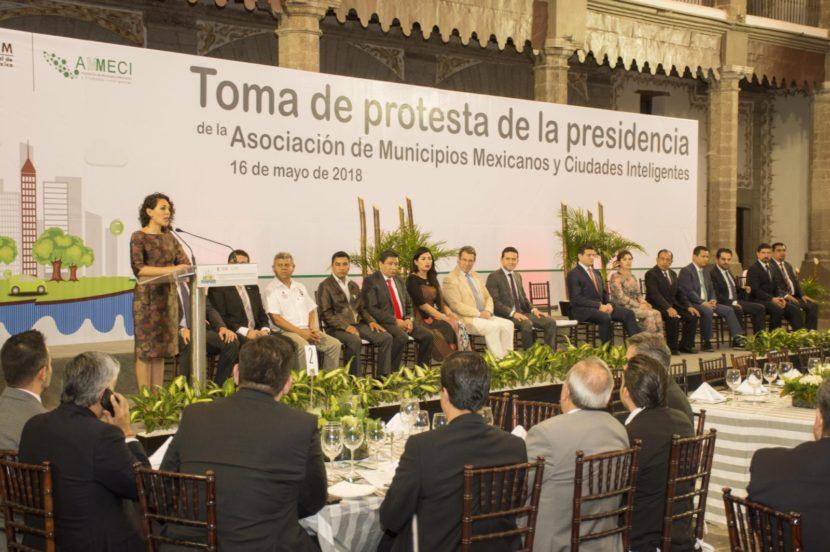 ALCALDESA DE TLALNEPANTLA ASUME LA PRESIDENCIA DE LA AMMECI