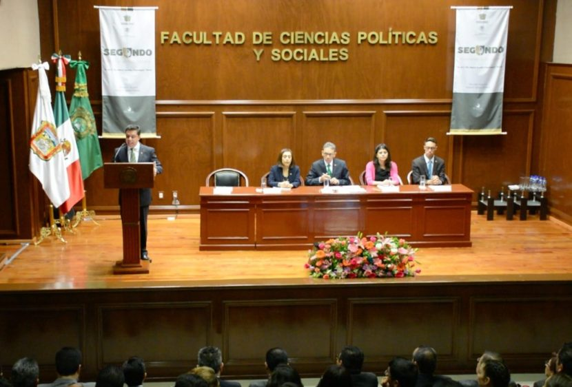 NECESITAMOS RENOVARNOS:  ALFREDO BARRERA BACA