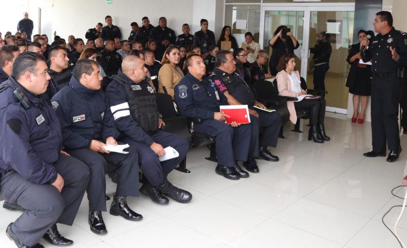 CAPACITAN A SERVIDORES PÚBLICOS DE TLALNEPANTLA PARA ATENDER A VÍCTIMAS DE VIOLENCIA
