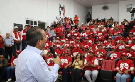 """CÉSAR CAMACHO A ACTIVISTAS DEL PRI: """"NO LES VOY A HACER QUEDAR MAL"""""""