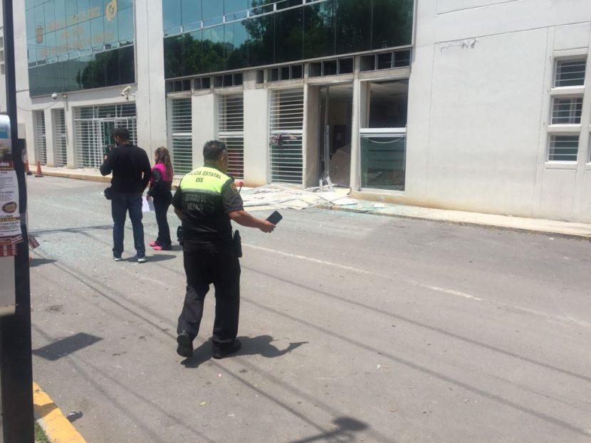 EXPLOTA APARATO EN PENAL DE CUAUTITLÁN Y SE FUGAN REOS