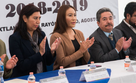 ATESTIGUA LETICIA MEJÍA INICIO DEL CICLO ESCOLAR 2018-2019 DE LA UPN IXTLAHUACA