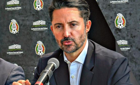 """PRESIDENTE DE LA FMF DA LAS GRACIAS A RICARDO """"TUCA"""" FERRETTI"""