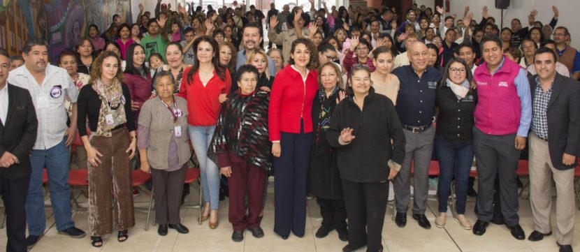 DENISSE UGALDE RECONOCE LABOR DE COCINERAS DE COMEDORES COMUNITARIOS
