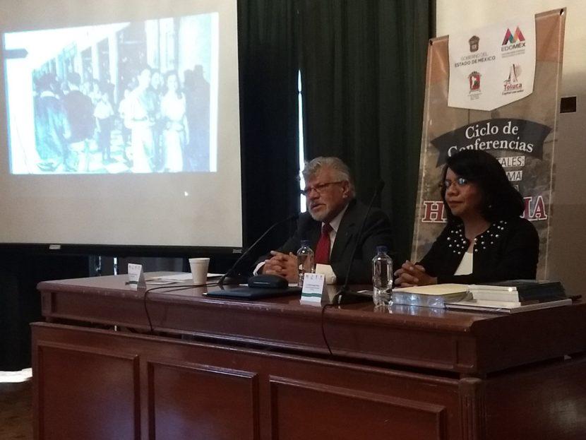 DIFUNDEN HISTORIA Y SIGNIFICADO DE LOS PORTALES DE TOLUCA