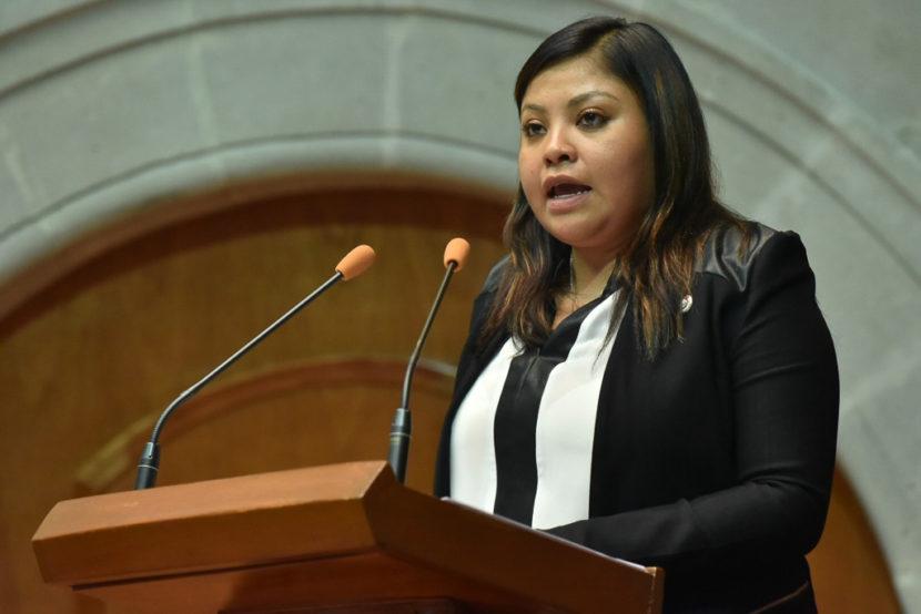 PROPONE ANAÍS BURGOS INCLUIR EN LA CONSTITUCIÓN LA DEMOCRACIA DIRECTA Y LA PARTICIPATIVA,