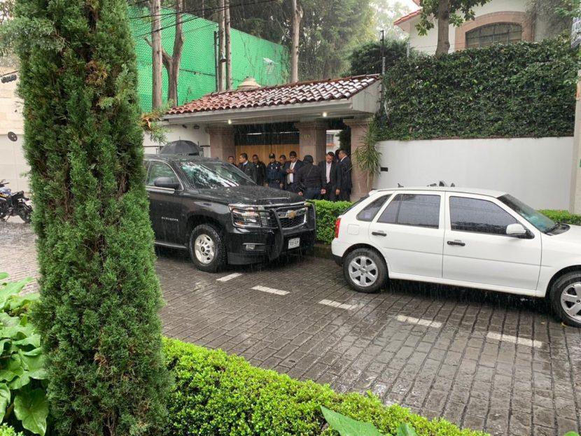 PRESUNTO ROBO EN CASA DE CARDENAL NORBERTO RIVERA DEJA UN ESCOLTA MUERTO