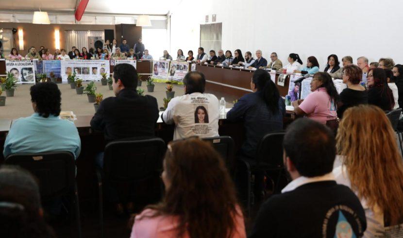 SE REÚNE DEL MAZO CON FAMILIARES DE PERSONAS DESAPARECIDAS EN EDOMÉX