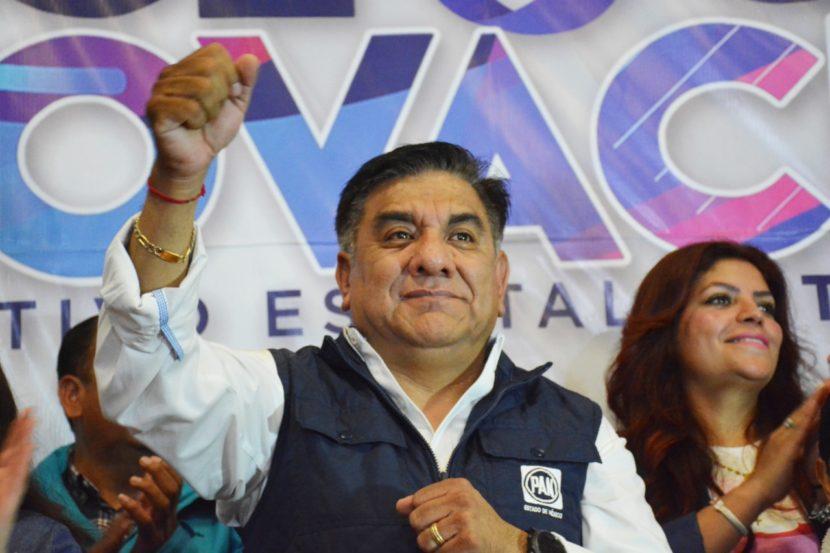 OSCAR SÁNCHEZ SE REGISTRA COMO CANDIDATO A PRESIDENTE DEL CDE DEL PAN