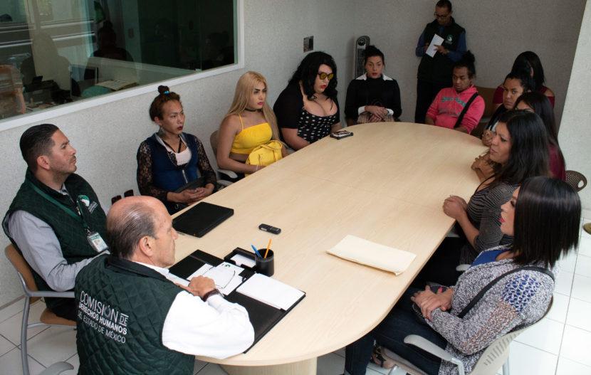 ACUDEN MUJERES TRANS A LA CODHEM; PIDEN JUSTICIA POR EL ASESINATO DE UNA DE SUS INTEGRANTES