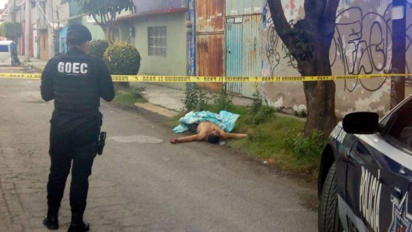 ENCUENTRAN HOMBRE MUERTO EN CALLES DE NEZA