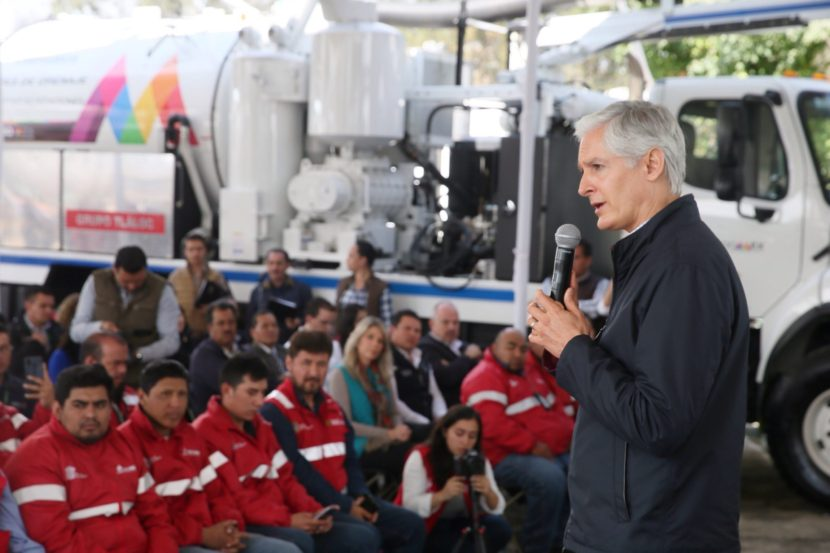 ENTREGA ALFREDO DEL MAZO EQUIPO PARA TEMPORADA DE LLUVIAS