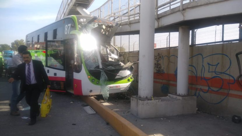 TRANSMASIVO SE HACE RESPONSABLE DE LOS GASTOS POR ACCIDENTE DEL MEXIBÚS