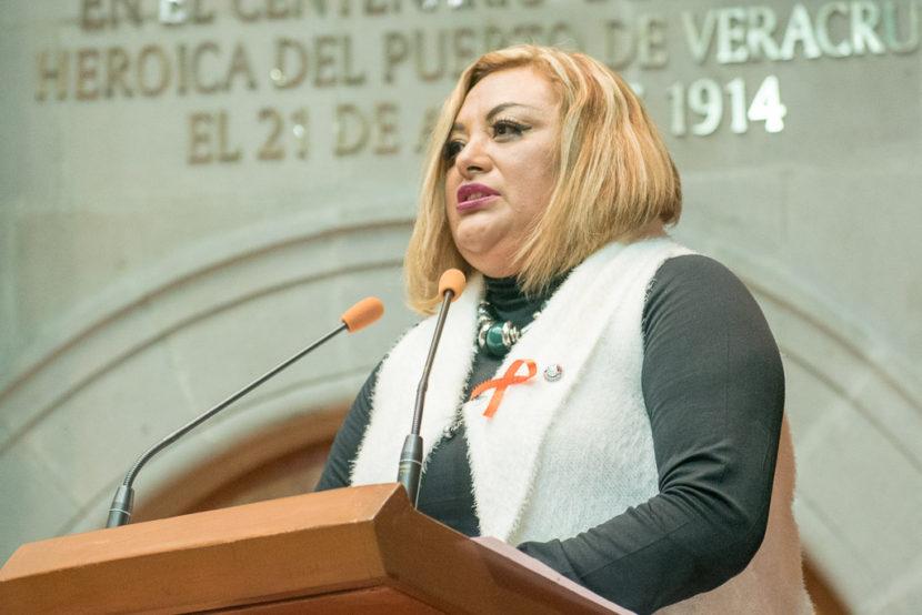 LLAMA BERENICE MEDRANO A REFORZAR ACCIONES DE PREVENCIÓN  Y ATENCIÓN DE VIH-SIDA