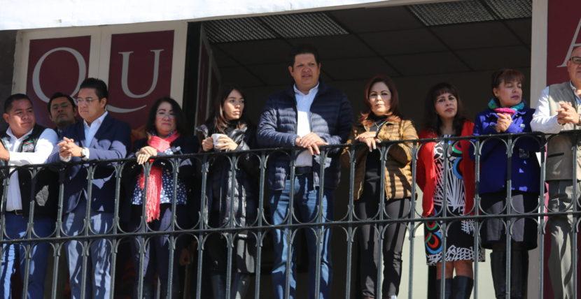 COLORIDO DESFILE EN METEPEC POR 108 ANIVERSARIO DE LA REVOLUCIÓN MEXICANA