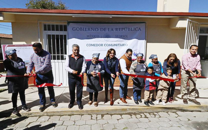 INAUGURAN COMEDOR COMUNITARIO EN TECAXIC