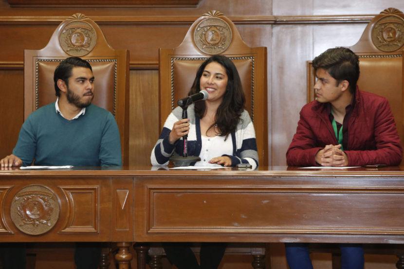 ESTUDIANTES DE UAEM INVITAN A FESTIVAL UNIVERSITARIO DE LA CANCIÓN