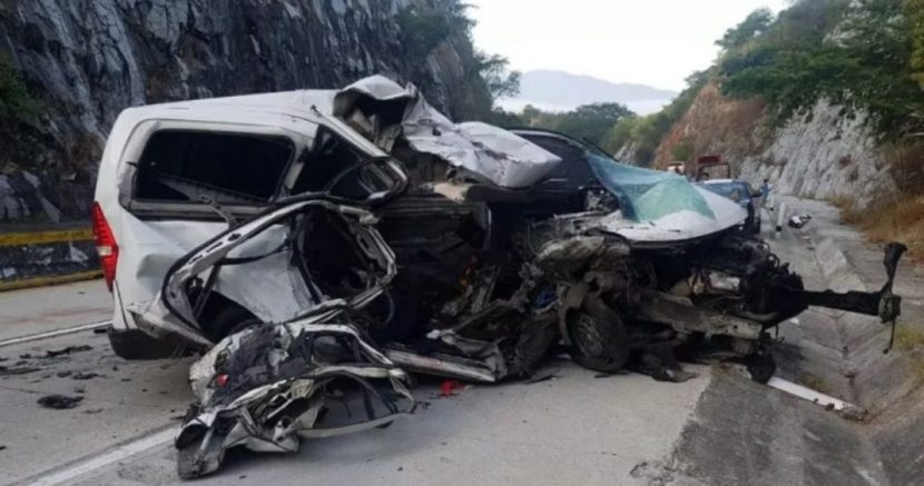 PIERDEN LA VIDA CINCO JÓVENES EN ACCIDENTE CARRETERO RUMBO A ACAPULCO