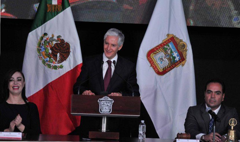 PLURALIDAD SOCIAL E INSTITUCIONAL UNA FORTALEZA PARA EL EDOMÉX: ALFREDO DEL MAZO