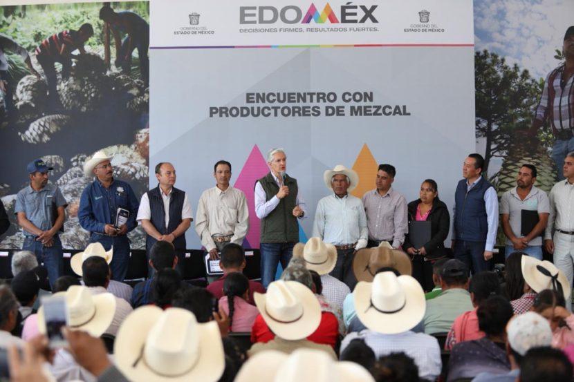 ENTREGA ALFREDO DEL MAZO APOYOS PARA INCREMENTAR LA PRODUCCIÓN DE MEZCAL EN EL EDOMÉX
