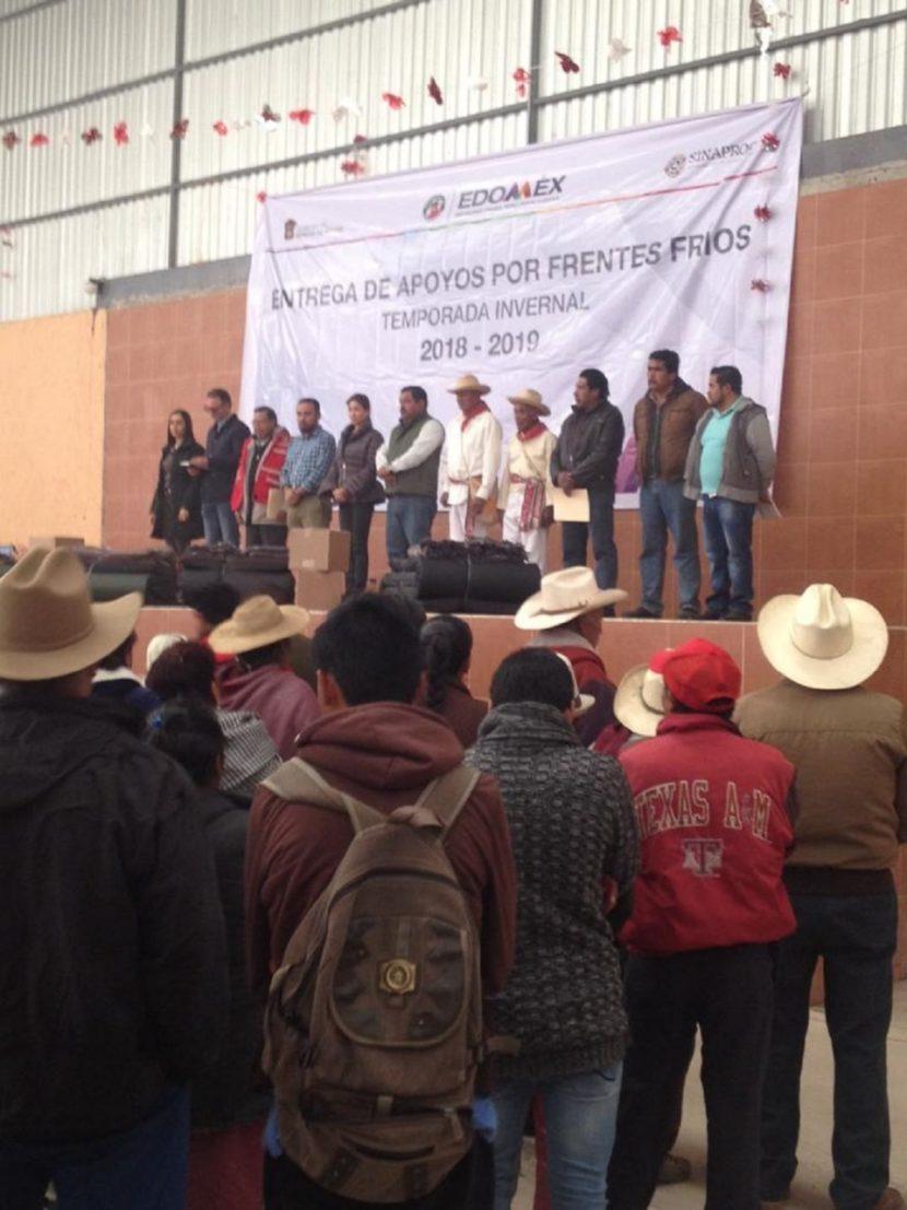 RECIBEN SIETE MUNICIPIOS MEXIQUENSES APOYO ANTE BAJAS TEMPERATURAS