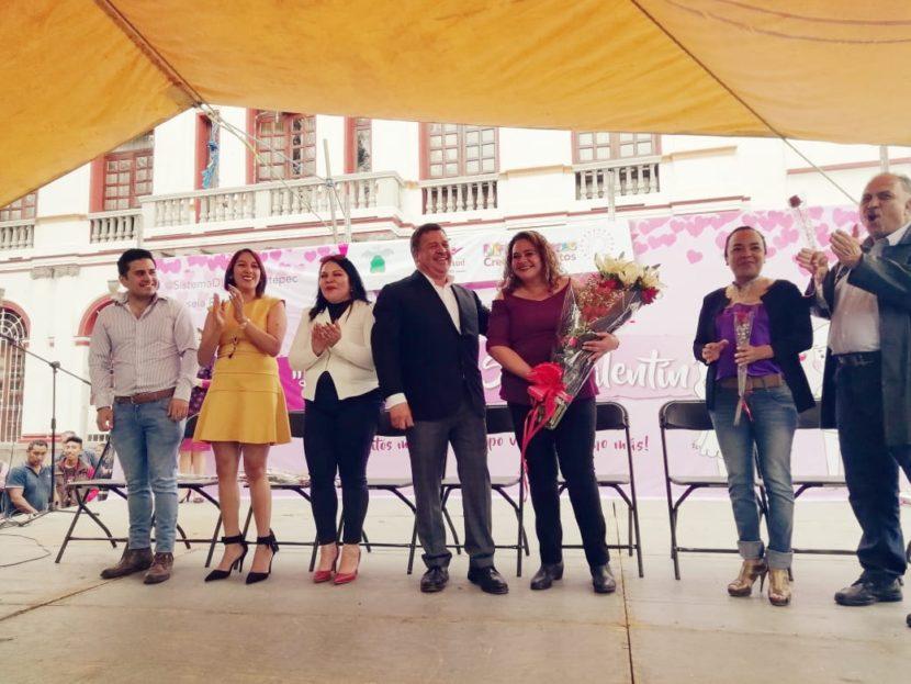 CELEBRA DIF DE ZINACANTEPEC EL DÍA DE SAN VALENTÍN