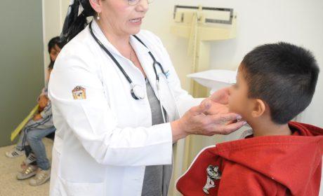 REPRESENTAN ENFERMEDADES INFECCIOSAS 80% DE LAS AFECCIONES EN LA INFANCIA