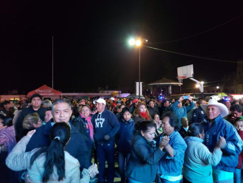 SAN PABLO AUTOPAN BAILÓ AL RITMO DE ACAPULCO TROPICAL