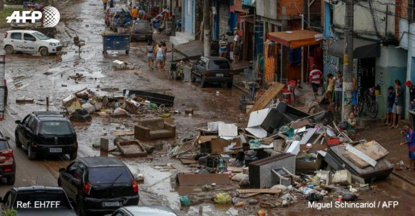 Intensas lluvias dejan 11 muertos en Sao Paulo