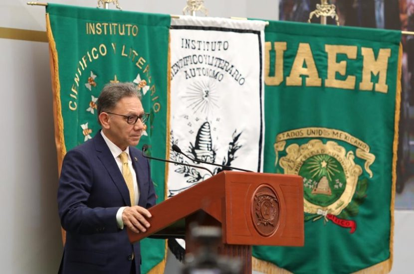 LA UAEM NO ES UNA UNIVERSIDAD OPACA NI DERROCHADORA: ALFREDO BARRERA