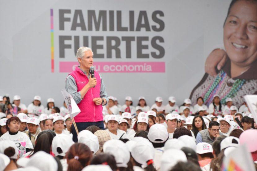 RECONOCE ALFREDO DEL MAZO EL ESFUERZO DE MUJERES MEXIQUENSES DEL SALARIO ROSA POR CAPACITARSE