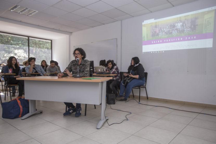 ARTISTA COLOMBIANO DICTA CONFERENCIA Y COMPARTE PROYECTO EN UAEM