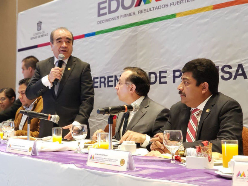 DESTACA MAURILIO HERNÁNDEZ ACUERDO PARA REGULARIZAR 41 MIL CONCESIONES DE TAXISTAS