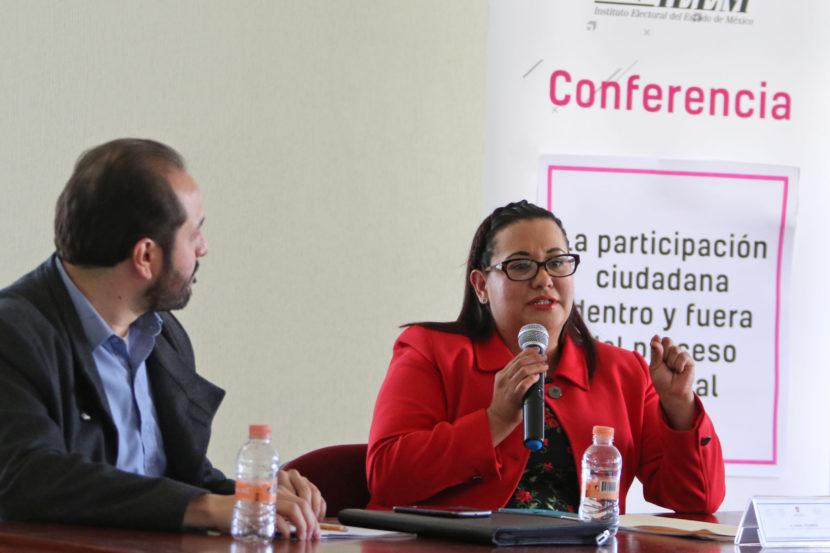 COMPARTE CONSEJERA ELECTORAL MECANISMOS DE PARTICIPACIÓN CON UNIVERSITARIOS