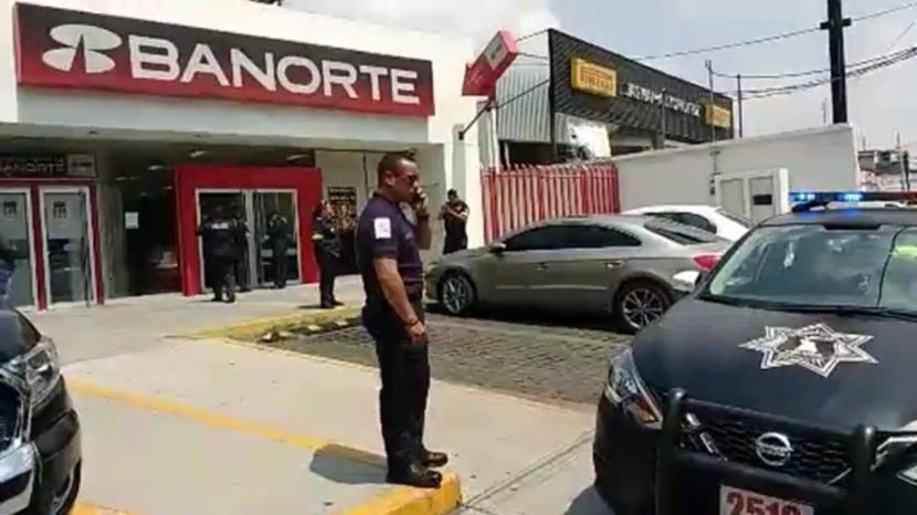 INTENTAN ROBAR BANCO CON NOTA INTIMIDATORIA EN TOLUCA