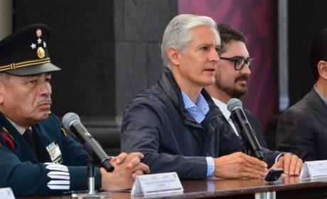 """FIRMA ALFREDO DEL MAZO ACUERDO DE COLABORACIÓN PARA LA PLANEACIÓN DEL AEROPUERTO INTERNACIONAL """"FELIPE ÁNGELES"""""""