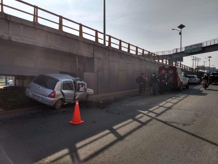 PAREJA PIERDE LA VIDA TRAS CHOCAR EN BULEVAR AEROPUERTO