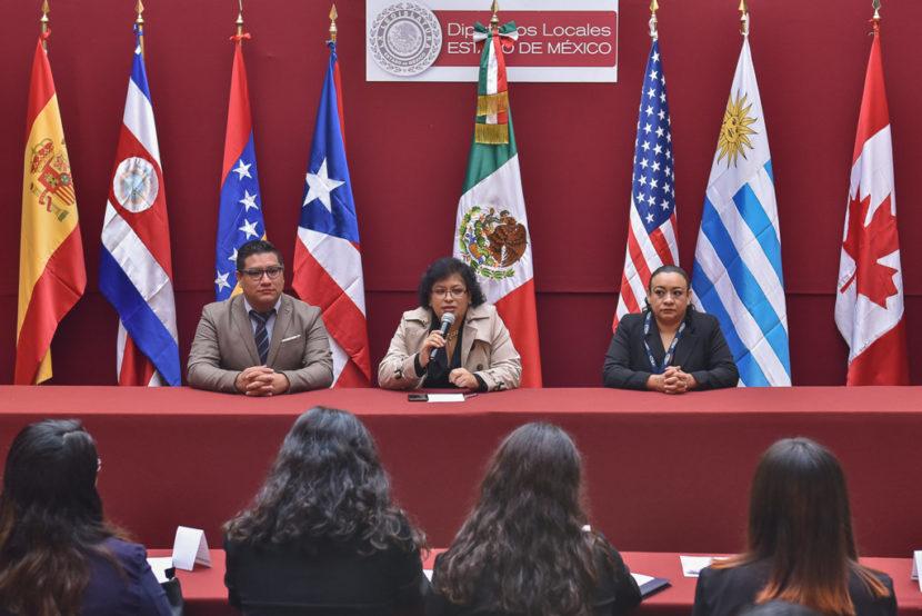 DEBATEN ESTUDIANTES BAJO MODELO DE LA ONU EN EL INESLE