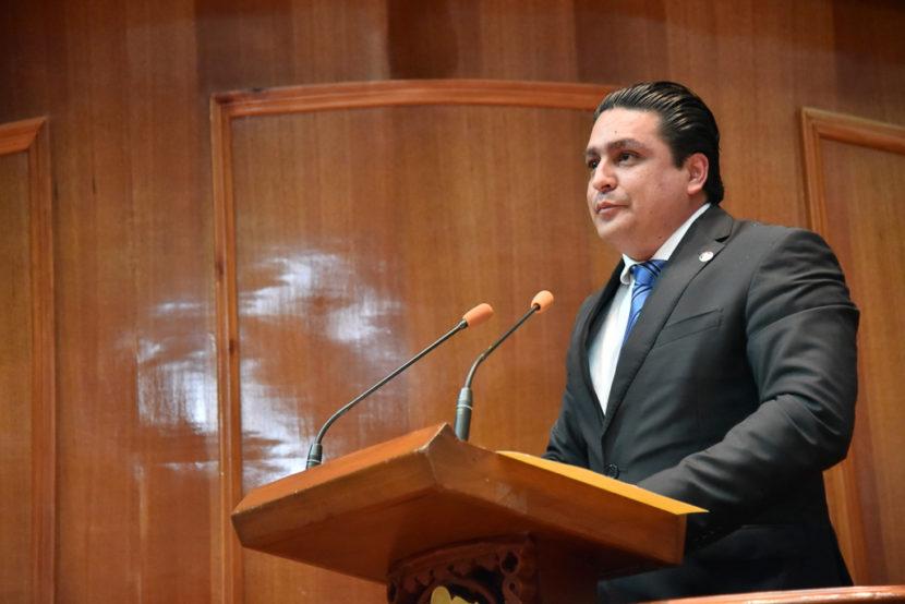 PROPONE JOSÉ ANTONIO GARCÍA USO DE CELULARES EN HORAS  CLASE SOLO PARA FINES PEDAGÓGICOS