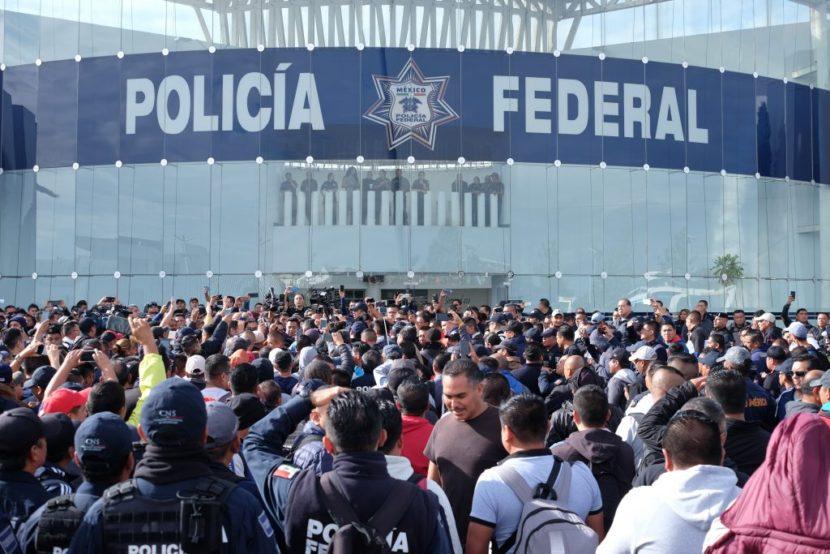 POLICÍAS FEDERALES SE VAN A PARO NACIONAL